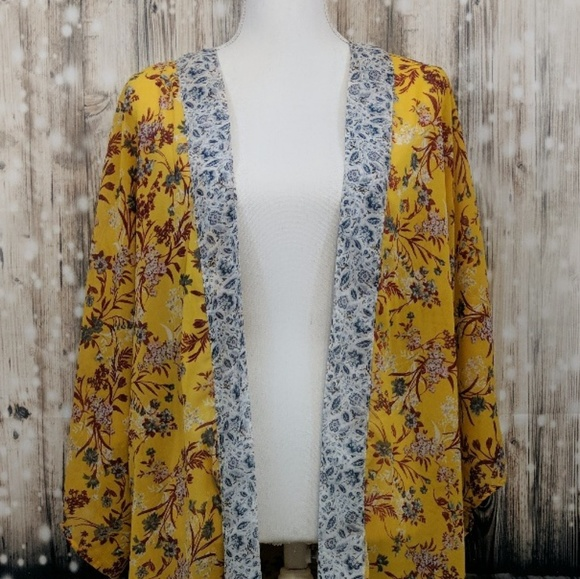 unknown Other - Large Floral Kimono/Cover-up